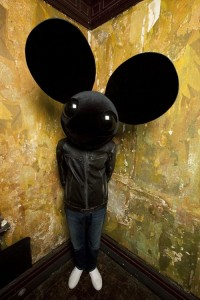 Deadmau5 and Wolfgang Gartner – Animal Rights (Dylan Sanders Re-Blast)